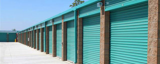 Outdoor self storage units in Burbank