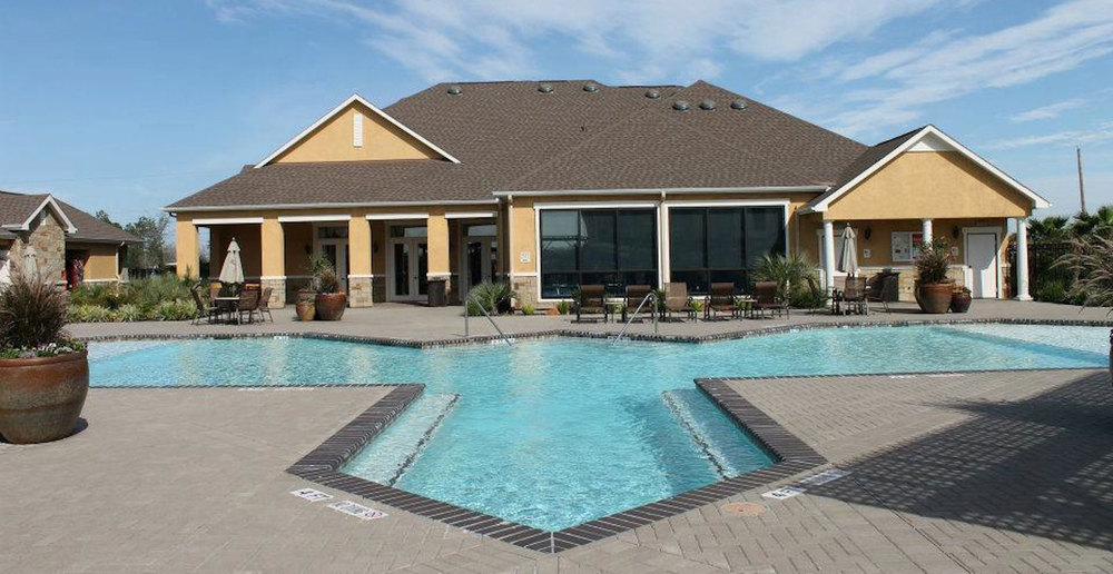Pool house at League City apartments