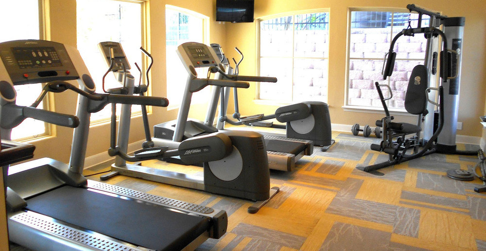 Fitness center at San Antonio apartments