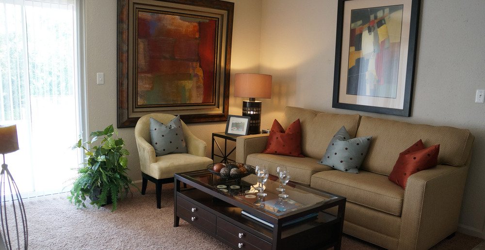 Living room in apartments near Roeland Park