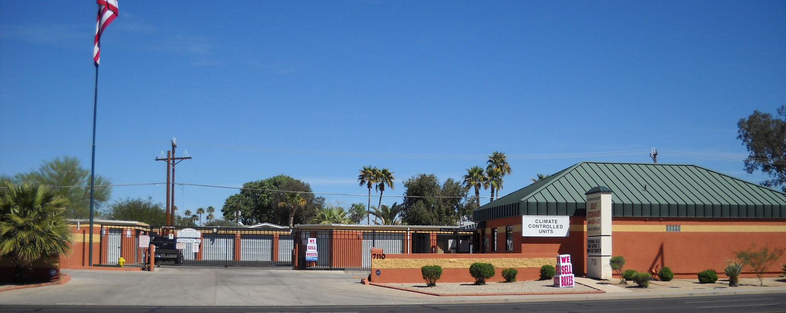 Exterior of Mesa self storage