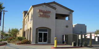 Self storage at Thousand Palms exterior of office