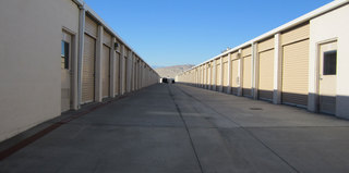 Thousand palms self storage exterior units