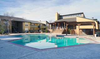Apartments in Amarillo swimming pool