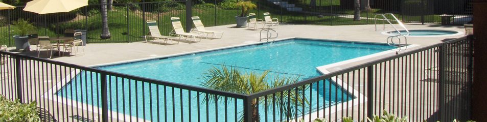 Luxury apartment pool in West Covina