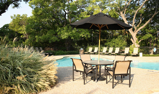 Irving apartments pool and patio