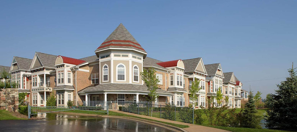 Rochester heights senior living community near lakes