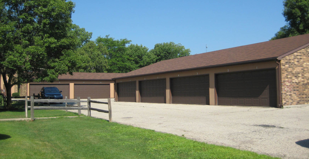 Garages at apartments in Madison
