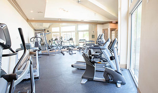 Apartments with fitness center in