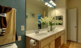 Spacious restrooms at apartments in