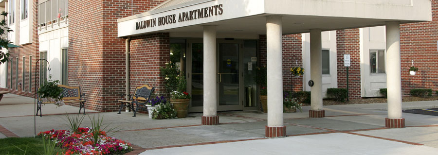 Front Entrance of Baldwin House Senior Living