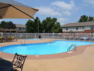 Swimming pool at the Evansville apartments