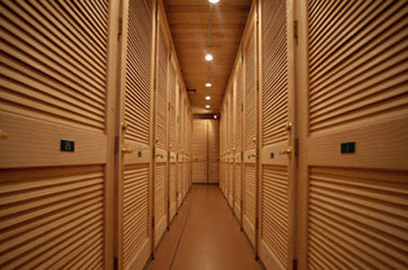 Climate controlled self storage units in Sarasota