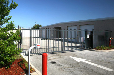 Secure self storage units in Sarasota