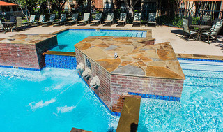 Aparmtents with luxury swimming pool
