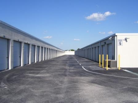 100 0579 Buenaventura Self Storage