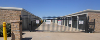 Self storage front gate waco