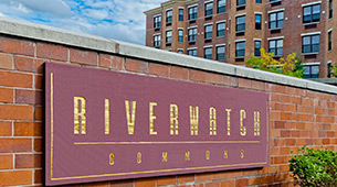 Learn about the neighborhood surrounding Riverwatch Commons