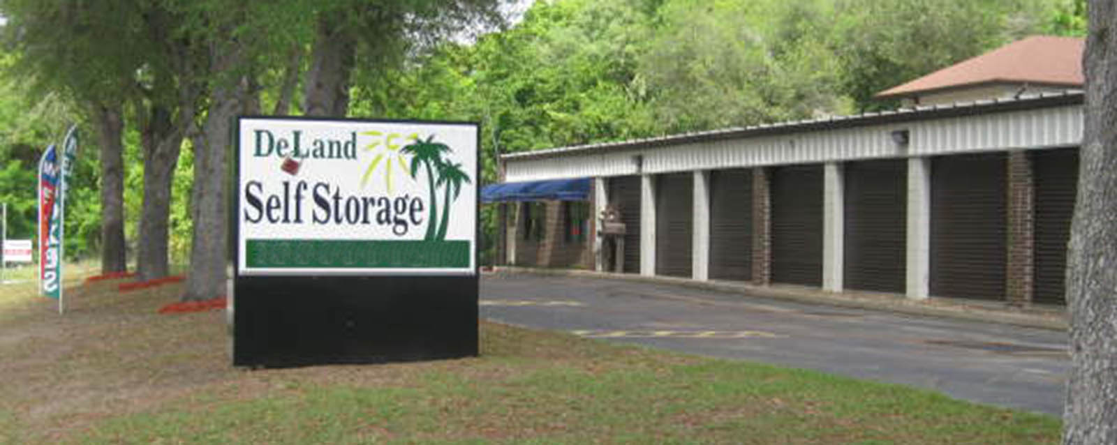 Deland self storage entry