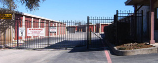 Gated secure self storage in san antonio