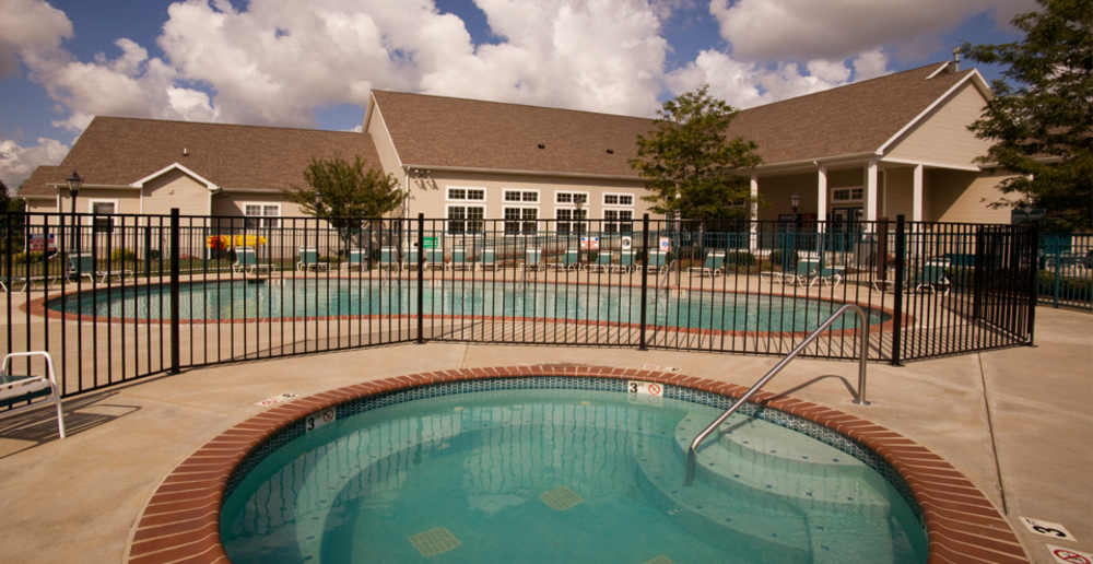 Swimming pool at east lansing student apartments