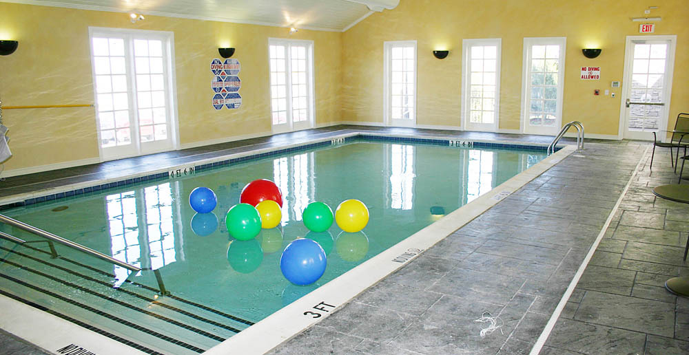 Rehabilitaion pool at plano tx senior living