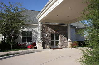 Front drive up senior living plano tx