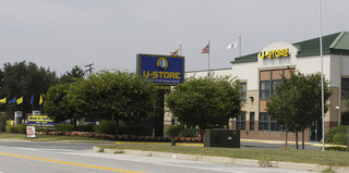 Self storage ustore100