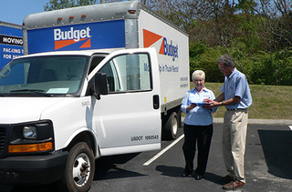Nashville self storage offers moving trucks to our customers