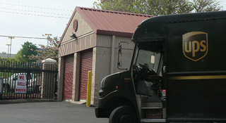 Self storage units in Brentwood