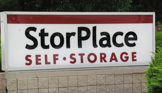 Front sign to Franklin self storage units