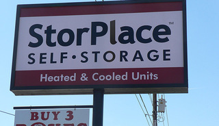 Sign to Bowling Green self storage facility