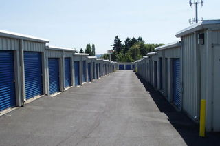 Vancouver self storage units