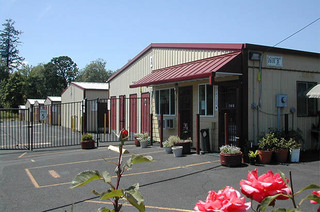 Self storage office in forest grove