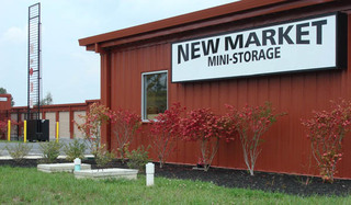 Self storage office exterior in new market