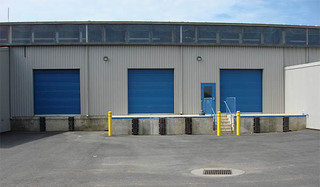 Loading zone at chantilly self storage
