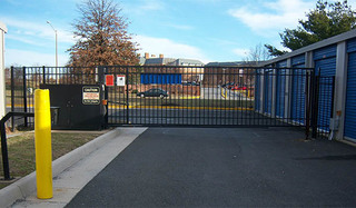 Self storage gate in chantilly