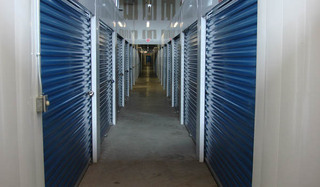 Self storage hallway in chantilly