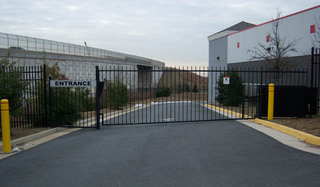 Self storage security gate in manassas