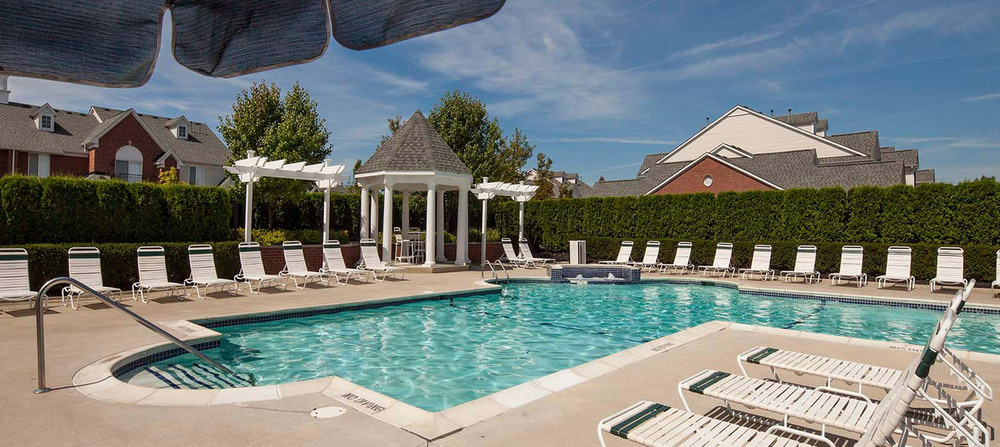 Pool apartments in rochester hills