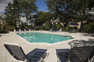 Large pool at apartments in West Bloomfield, MI