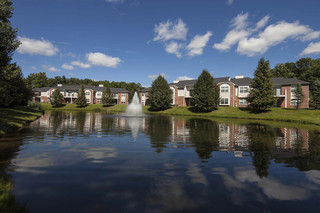 Large lanscaped grounds apartments commerce township