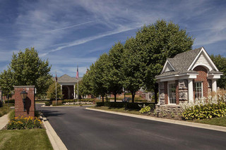 Entrance apartments rochester hills