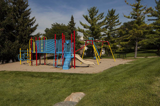 Apartments in rochester hills with playgrounds