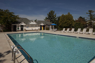 Take a dip pool apartments in rochester hills