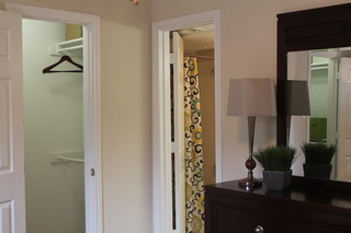 Apartments in conroe texas bedroom entrance