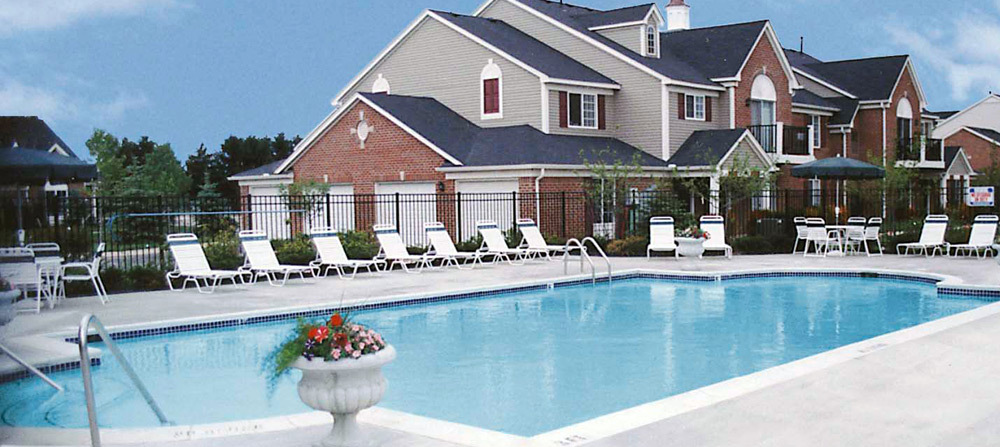 Canton michigan apartments pool 2