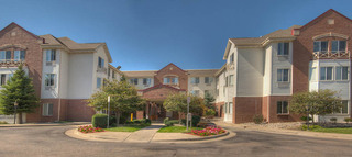Sunny day at englewood senior living
