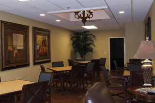 Sonora senior living enhanced care dining