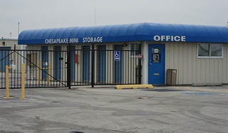 Exterior self storage office baltimore
